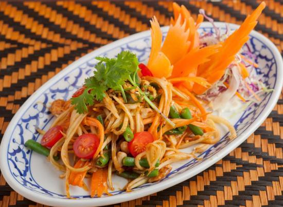 青パパイヤのサラダ|GREEN PAPAYA SALAD